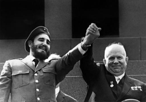 Fidel Castro et Nikita Khrouchtchev le 1er mai 1963 à Moscou © - TASS/AFP/Archives