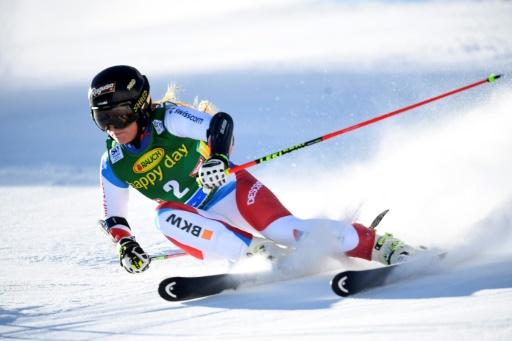 La Suissesse Lara Gut, durant la première manche du slalom géant de Sölden en Autriche, le 22 octobre 2016 © JOE KLAMAR AFP/Archives