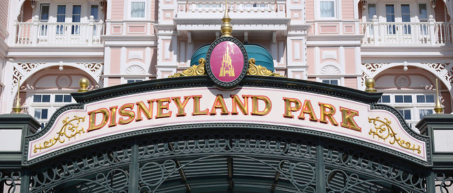 Disneyland Discret Eldorado De L Artisanat Francais Le Point