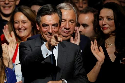 François Fillon lors d'un meeting le 25 novembre 2016 à Paris © Thomas SAMSON AFP