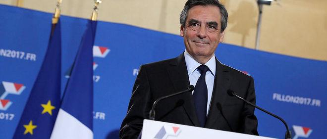 François Fillon emporte largement la primaire de la droite et du centre devant Alain Juppé.
