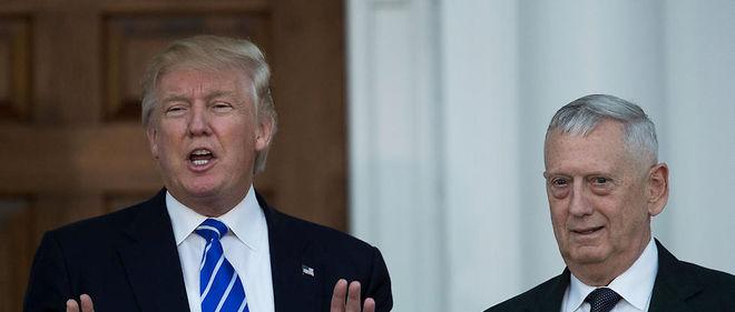 Donald Trump en compagnie de James Mattis.