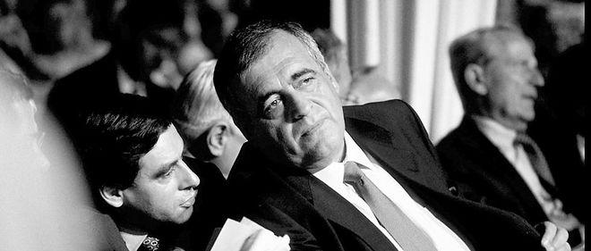 Symbiose. François Fillon au côté de Philippe Séguin, en 1997, lors des assises nationales du RPR, quivoient ledéputé des Vosges prendre latête du parti.