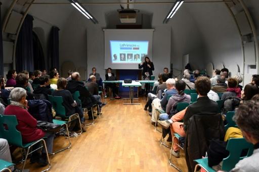 Les finalistes de LaPrimaire.org lors d'un meeting à Strasbourg le 8 décembre 2016 © PATRICK HERTZOG AFP