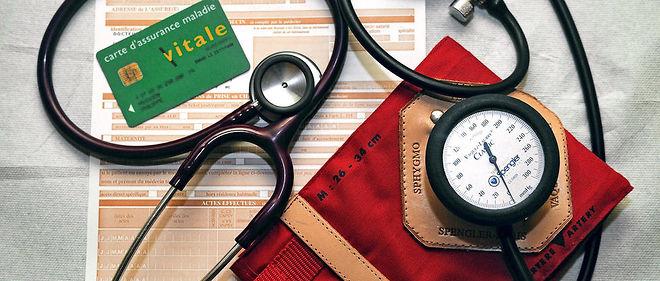 L'Allier propose alors de financer une partie des études des internes en médecine en échange d'un engagement ferme de leur part à s'installer dans un secteur déficitaire en médecins généralistes pendant au moins six ans.