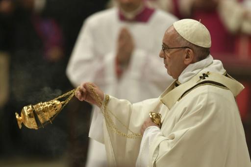 Le pape François lors de sa traditionnelle homélie de Noël, le 24 décembre 2016 au Vatican © ANDREAS SOLARO AFP