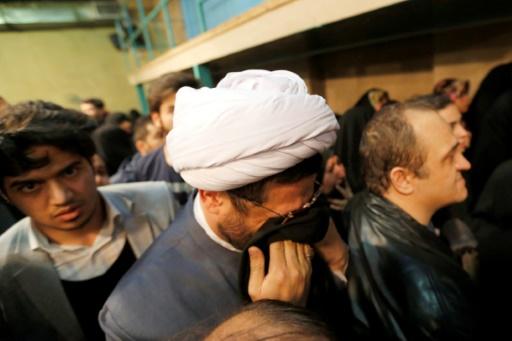 Des partisans de l'ayatollah Rafsandjani lors d'une cérémonie peu après le décès de l'ex-président iranien, le 8 janvier 2017 à Téhéran © ATTA KENARE AFP