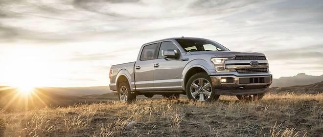 Ford profite du Salon de Détroit pour présenter le nouveau pick-up F-150, star du marché automobile américain.