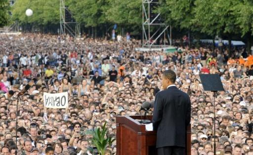 Barack Obama, alors candidat à la Maison Blanche, lors d'un discours le 24 juillet 2008 à Berlin © BARBARA SAX AFP/Archives