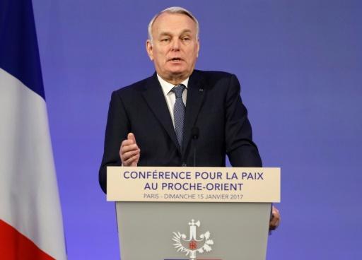 Le chef de la diplomatie française Jean-Marc Ayrault à Paris le 15 janvier 2017 © Thomas SAMSON POOL/AFP