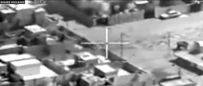 """Extrait de la vidéo """"Collateral Murder"""" qui montre le massacre, par des hélicoptères américains, de civils en Irak, et de deux journalistes de l'agence Reuters."""