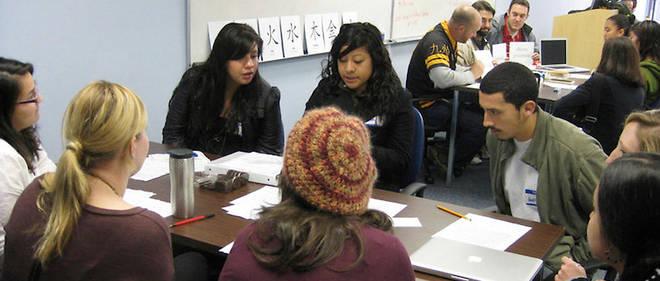 La direction de Princeton (États-Unis) exigeque tous ses étudiantsapprennent une langue étrangère au cours de leur scolarité,quelles que soient leurs compétences linguistiques quand ils entrent à l'université.