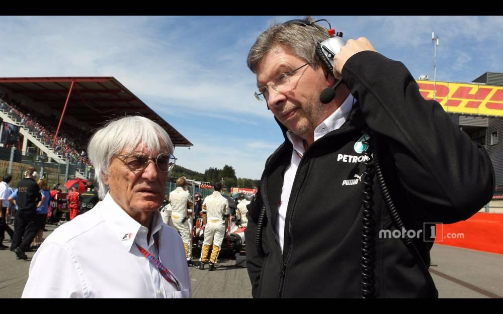 Bernie Ecclestone, grand patron de la F1, passe la main à Roos Brawn et aux Américains ©  DR