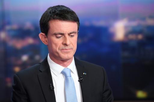 Manuel Valls lors du journal de 20 heures de TF1, le 23 janvier 2017 à Boulogne-Billancourt © Lionel BONAVENTURE AFP