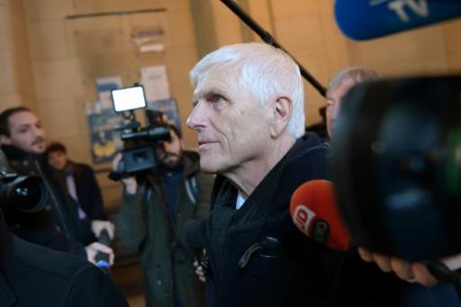 Serge Biechlin, 72 ans, l'ancien directeur de l'usine AZF devant la cour d'appel à Paris, le 24 janvier 2017 © Christophe ARCHAMBAULT AFP
