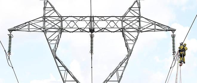 """La France est hautement """"thermosensible"""" : la popularité des radiateurs électriques, qui chauffent un tiers des logements, fait qu'une baisse d'un degré de la température hivernale représente une consommation additionnelle de courant de l'ordre de 2 400 mégawatts (MW)."""