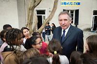 Francois Bayrou en visite auprès de l'orchestre El Camino qui accueille 130 enfants des écoles de Pau, du CE2 au CM2.