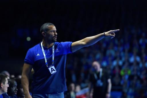 Le co-sélectionneur de l'équipe de France Didier Dinart, lors du match du Mondial-2017 de handball contre la Russie, le 17 janvier 2017 à Nantes © LOIC VENANCE AFP/Archives