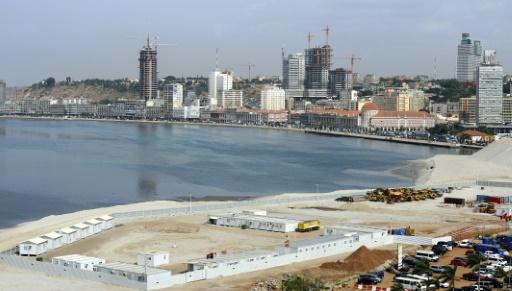 Photo du quartier des affaires de Luanda le 21 décembre 2009 © STEPHANE DE SAKUTIN AFP/Archives