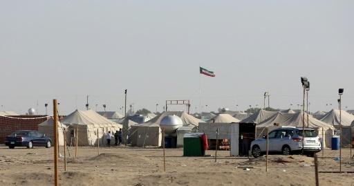 Des tentes de familles koweitiennes dans un campement où elles vont passer les cinq mois d'hiver, le 13 janvier 2017 à Al-Julaiaa © Yasser Al-Zayyat AFP