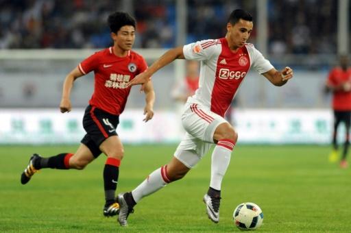 Anwar El Ghazi, avec l'Ajax Amsterdam, lors d'un match amical contre le club chinois de Liaoning FC à Shenyang, le 18 mai 2016  © - AFP/Archives