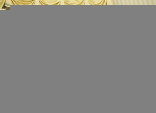Le conseiller de Donald Trump (C), Peter Navarro (3eD), à la tête du Conseil du commerce national, le 23 janvier 2017 dans le bureau ovale à la Maison Blanche, Washington D.C. © SAUL LOEB AFP/Archives
