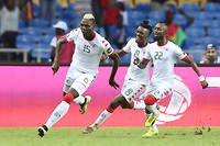 Aristide Bancé, avec la crête peroxydée, exulte après son but, le 28 janvier 2017, contre la Tunisie lors de la CAN 2017 au Gabon. ©STEVE JORDAN