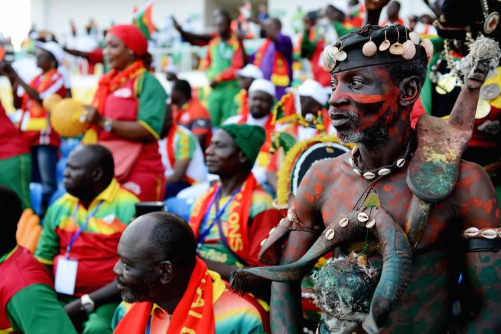Des supporters burkinabè dans les tribunes de la CAN 2017.  ©  Xavier Bourgois (Zénith Sport)