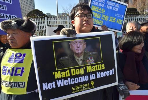 Manifestation contre la visite du secrétaire américain à la Défense, James Mattis, le 2 février 2017 à Séoul © JUNG Yeon-Je AFP