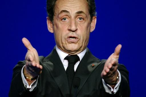 Nicolas Sarkozy en campagne pour la présidentielle 2012 à Elancourt, le 28 mars 2012 © MARTIN BUREAU AFP/Archives
