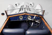 A Rétromobile, à vous de reprendre le volant comme celui de cette superbe Delage, chef d'oeuvre de l'automobile française ©Christian_Martin:martingiaco@club-internet.fr:0607488010