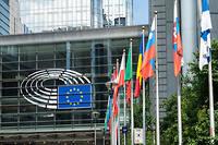 Le Parlement européen à Bruxelles. Sur le continent, règles et usages sont très variés et plus ou moins strictement appliqués.