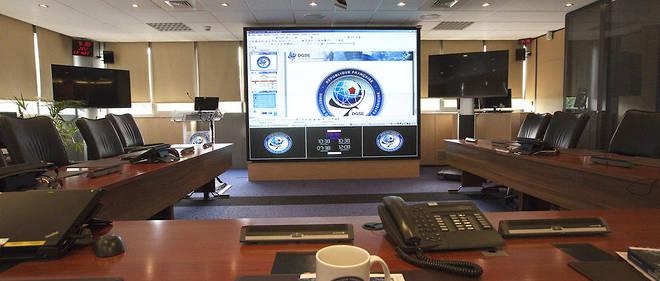 Centre névralgique de la DGSE, la salle de crise principale, où sont gérées par le directeur général de la DGSE les principales crises mondiales.