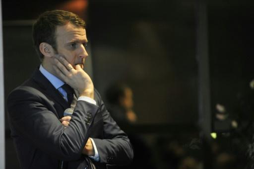 Emmanuel Macron le 13 février 2017 à Alger © STR AFP