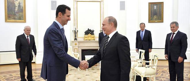 """Selon Michel Foucher, """"les intérêts [russes en Syrie] n'impliquent pas le soutien éternel à un dirigeant particulier""""."""