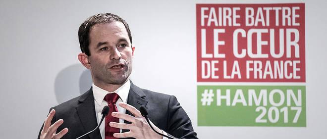 """Benoît Hamon veut""""pacifier la relation entre la police et le contrôlé"""", a-t-il réaffirmé dimanche."""