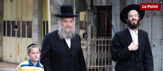 Sauf conversion (rares, les rabbins y veillent), l'identité juive est donnée dès la naissance.