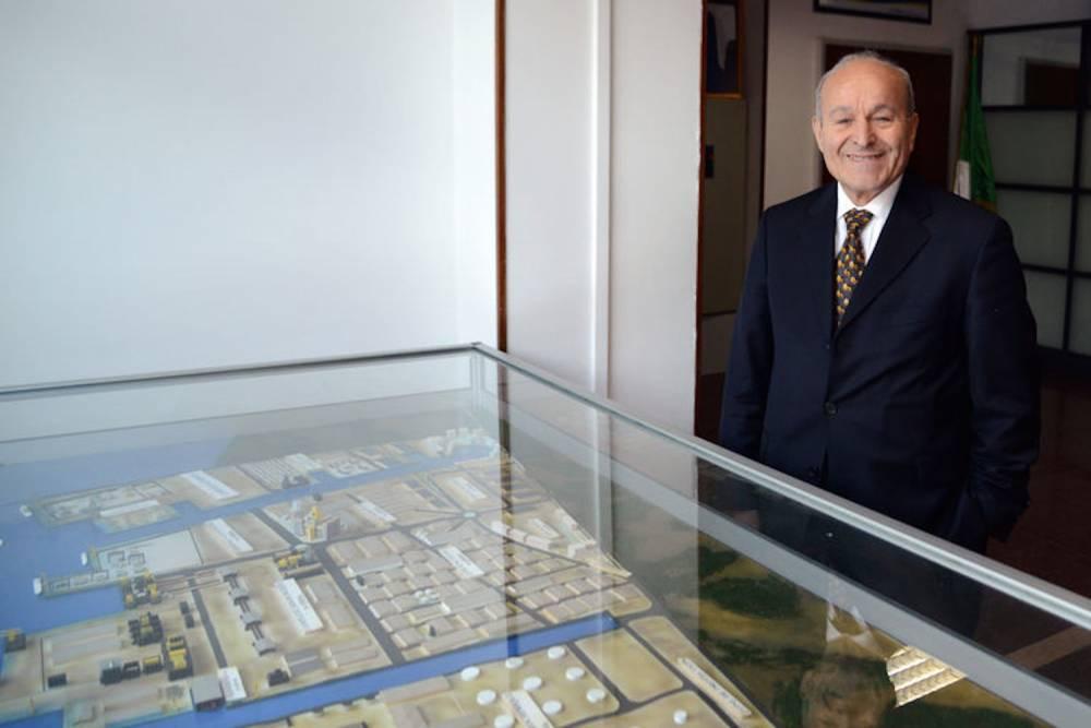 Issad Rebrab, le PDG de Cevital, pose en janvier 2014 dans son bureau à Alger. ©  AFP / Farouk Batiche