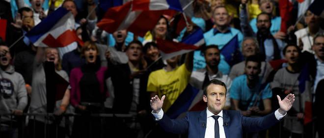 La candidature d'Emmanuel Macron lancée, l'ex-ministre de l'Économie doit commencer à réfléchir à sa future majorité.