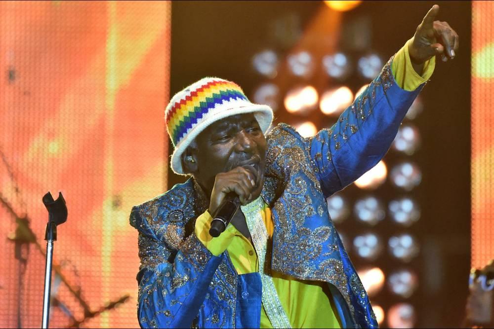 Le chanteur ivoirien Alpha Blondy a mis le feu à la cérémonie d'ouverture du 25e Fespaco le 25 février 2017.  ©  ISSOUF SANOGO / AFP