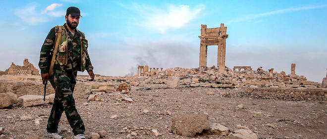 Les djihadistes ont été chassés de Palmyre en mars 2016 après un an d'occupation, mais l'ont reprise au régime de Damas en décembre.