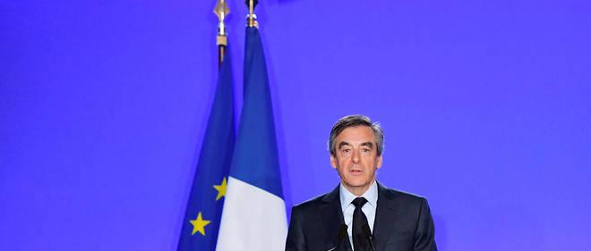 François Fillon a annoncé qu'il se rendrait à la convocation judiciaire prévue mi-mars.