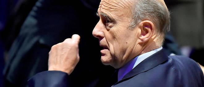 Alain Juppé ne soutient plus François Fillon, mais gardera le silence pour ne pas nuire.