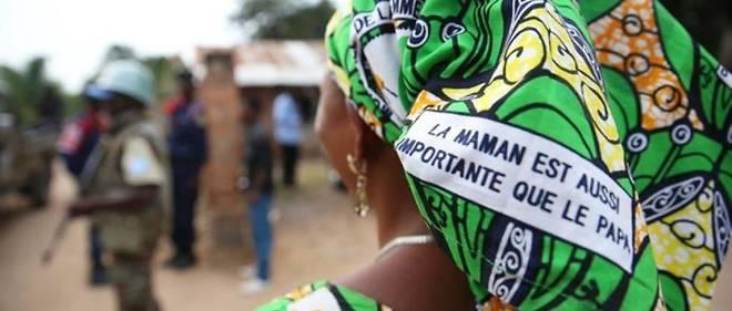 Trois pays africains figurent dans le top 10 du classement mondial de la représentation des femmes dans les parlements nationaux : l'Afrique du Sud (41% de députées), le Sénégal (43%), et le Rwanda, qui se hisse en tête du classement avec près de 64% de femmes à la Chambre des députés.