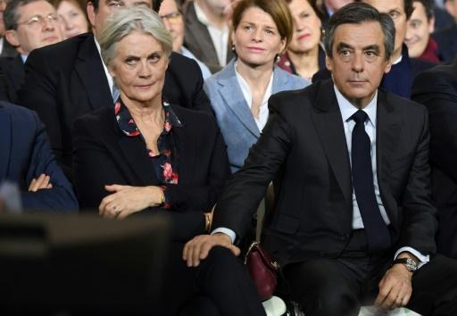 Penelope et François Fillon lors d'un meeting le 29 janvier 2017 à Paris © Eric FEFERBERG AFP/Archives