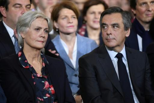 Penelope et François Fillon lors du meeting du 29 janvier 2017 à Paris © Eric FEFERBERG AFP/Archives