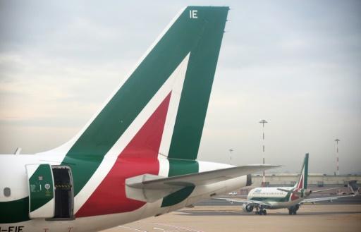 Alitalia a adopté un nouveau plan stratégique, prévoyant une réduction des coûts d'un milliard d'euros © Vincenzo PINTO AFP/Archives