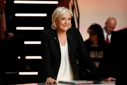 La candidate d'extrême droite Marine Le Pen, avant le débat, le 20 mars 2017 à Aubervilliers © Patrick KOVARIK POOL/AFP