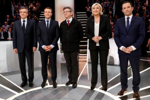 La question de la laïcité a brusquement fait monter la température du premier débat télévisé entre Francois Fillon, Emmanuel Macron, Jean-Luc Melenchon, Marine Le Pen et Benoit Hamon, le 20 mars à Aubervilliers © Patrick KOVARIK POOL/AFP