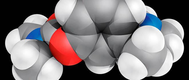 Molécule de rivastigmine.